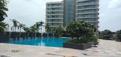 Gallery Cover Image of 3600 Sq.ft 4 BHK Apartment for rent in Velachery for 160000
