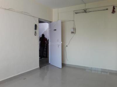 Gallery Cover Image of 360 Sq.ft 1 RK Apartment for rent in Kandivali East for 15000