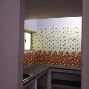 Gallery Cover Image of 1200 Sq.ft 1 BHK Independent House for buy in Kolathur for 5800000