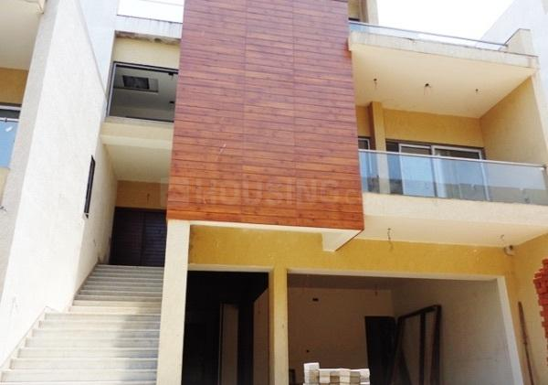 Building Image of 4776 Sq.ft 4 BHK Independent House for buy in Palavakkam for 55000000