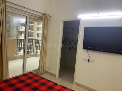 Gallery Cover Image of 1175 Sq.ft 2 BHK Apartment for rent in Gaursons Hi Tech 6th Avenue, Noida Extension for 16000