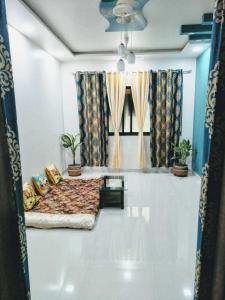 Gallery Cover Image of 600 Sq.ft 1 BHK Apartment for rent in Airoli for 23000