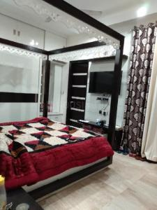 Gallery Cover Image of 3600 Sq.ft 4 BHK Villa for buy in Peer Muchalla for 8375000