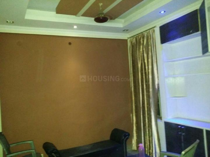 Living Room Image of 600 Sq.ft 1 BHK Apartment for rent in Jasola Vihar for 15000