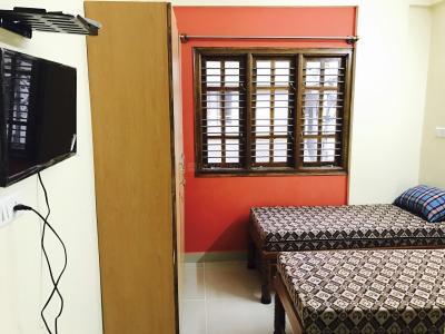 Bedroom Image of Sri Venkateshwara PG in Challaghatta