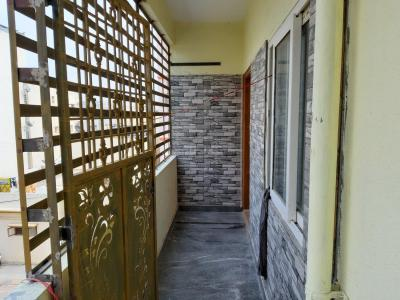 Gallery Cover Image of 1600 Sq.ft 3 BHK Apartment for buy in J P Nagar 7th Phase for 7800000