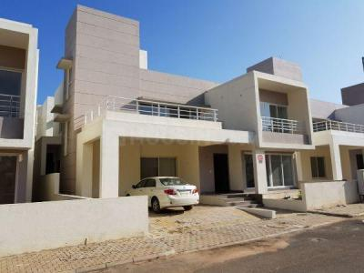 Gallery Cover Image of 2607 Sq.ft 4 BHK Independent House for rent in Kadumuthsandra Plantation for 25000