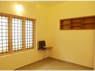Gallery Cover Image of 1500 Sq.ft 3 BHK Apartment for rent in Kammanahalli for 37500