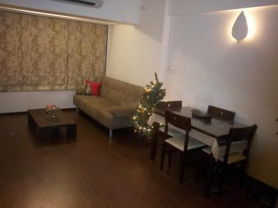 Gallery Cover Image of 600 Sq.ft 1 BHK Apartment for rent in Bandra West for 70000