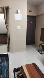 Gallery Cover Image of 735 Sq.ft 1 BHK Apartment for rent in Kalyan West for 14000