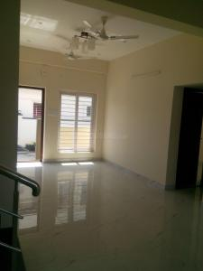 Gallery Cover Image of 5917 Sq.ft 3 BHK Villa for buy in Uthandi for 11000000