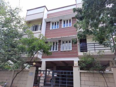 Gallery Cover Image of 2100 Sq.ft 3 BHK Apartment for buy in Anna Nagar for 25000000