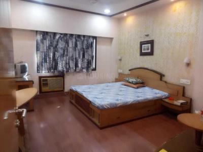 Gallery Cover Image of 1450 Sq.ft 2 BHK Apartment for rent in Park Street Area for 50000