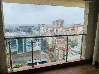 Gallery Cover Image of 1100 Sq.ft 2 BHK Apartment for buy in Malad West for 24900000