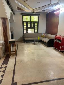 Gallery Cover Image of 1863 Sq.ft 3 BHK Independent Floor for rent in Paschim Vihar for 60000