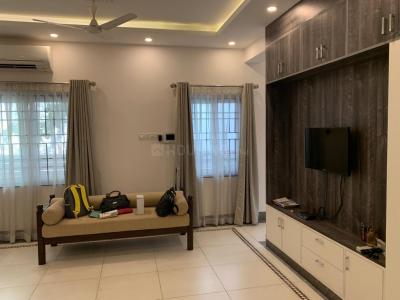 Gallery Cover Image of 4500 Sq.ft 4 BHK Independent House for rent in Kotivakkam for 90000
