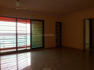 Gallery Cover Image of 1250 Sq.ft 3 BHK Apartment for rent in Kandivali East for 40000