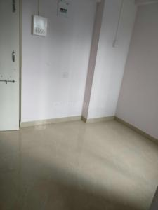 Gallery Cover Image of 325 Sq.ft 1 BHK Apartment for rent in Parel for 16000