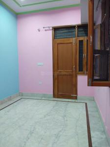 Gallery Cover Image of 650 Sq.ft 1 BHK Independent Floor for rent in Sector 9B for 7000