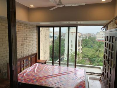Gallery Cover Image of 650 Sq.ft 1 BHK Apartment for rent in Andheri West for 50000