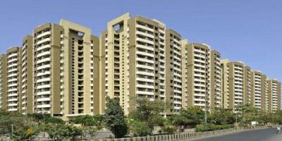 Gallery Cover Image of 1250 Sq.ft 3 BHK Apartment for buy in Kalpataru Srishti, Mira Road East for 12478855