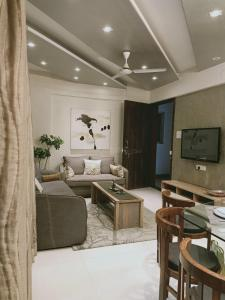 Gallery Cover Image of 1200 Sq.ft 3 BHK Apartment for buy in Sukhwani Pacific, Thergaon for 8400000