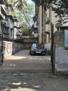 Building Image of PG 5236974 Dadar West in Dadar West