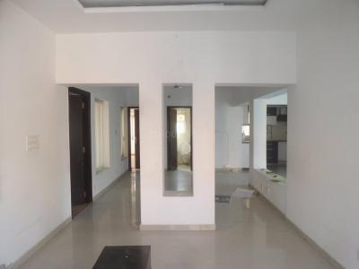 Gallery Cover Image of 1100 Sq.ft 2 BHK Apartment for rent in C-8, Vasant Kunj for 37000