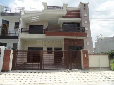 Gallery Cover Image of 2131 Sq.ft 2 BHK Independent Floor for rent in Sector 5 for 16000