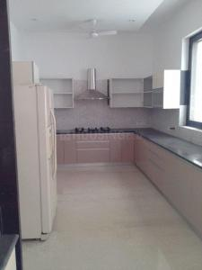 Gallery Cover Image of 2500 Sq.ft 3 BHK Apartment for rent in Mahagun Mezzaria, Sector 78 for 30000