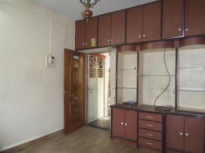 Gallery Cover Image of 850 Sq.ft 2 BHK Apartment for rent in Chinchwad for 12500