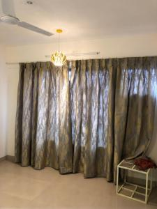 Gallery Cover Image of 1695 Sq.ft 3 BHK Apartment for buy in Hiranandani Estate for 24500000