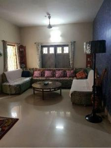 Gallery Cover Image of 3200 Sq.ft 4 BHK Independent House for buy in Haltu for 13000000