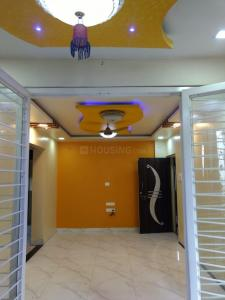 Gallery Cover Image of 620 Sq.ft 1 BHK Apartment for rent in Vidhyadhan Apartment, Dhankawadi for 10000