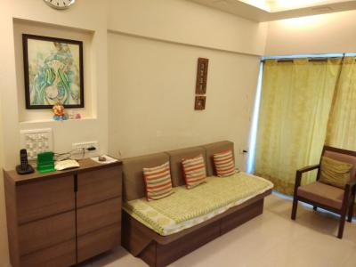 Gallery Cover Image of 600 Sq.ft 1 BHK Apartment for rent in Kurla East for 30000