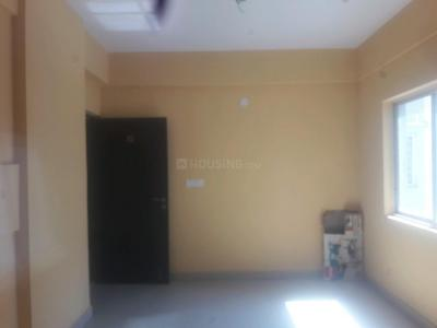 Gallery Cover Image of 1306 Sq.ft 3 BHK Apartment for rent in Maheshtala for 15000