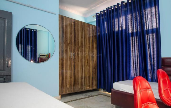 सुभाष नगर में अर्बन होम के बेडरूम की तस्वीर