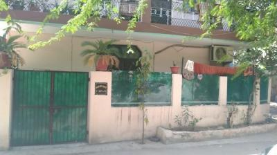 Gallery Cover Image of 950 Sq.ft 2 BHK Independent House for rent in Sector 12 for 16000