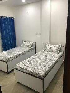 Bedroom Image of Boys PG Accomadation With 2 Time Meal in Malviya Nagar
