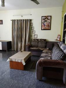 Gallery Cover Image of 1200 Sq.ft 2 BHK Independent House for rent in MEI Employees Housing Colony for 15000