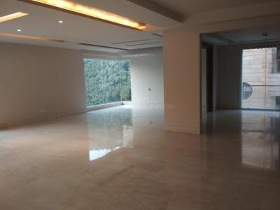 Gallery Cover Image of 2610 Sq.ft 4 BHK Independent Floor for buy in Sarvapriya Vihar for 70000000