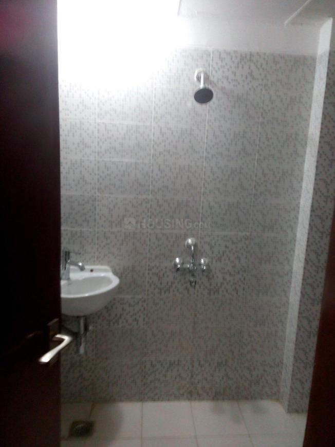 Common Bathroom Image of 1520 Sq.ft 3 BHK Independent Floor for rent in BPTP Park Elite Floors, Sector 85 for 8500