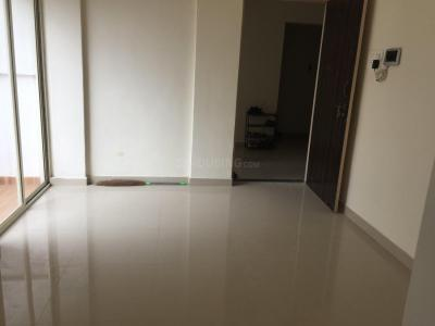 Gallery Cover Image of 680 Sq.ft 1 BHK Apartment for rent in Loni Kalbhor for 6500