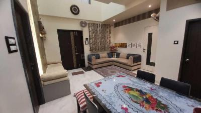 Gallery Cover Image of 1600 Sq.ft 3 BHK Villa for rent in Kurla West for 65000