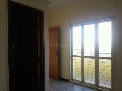Gallery Cover Image of 600 Sq.ft 1 BHK Independent Floor for rent in Shanti Nagar for 18000