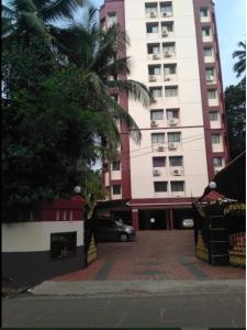 Gallery Cover Image of 1200 Sq.ft 2 BHK Apartment for rent in Surya Apartments, Malaparamba for 18000
