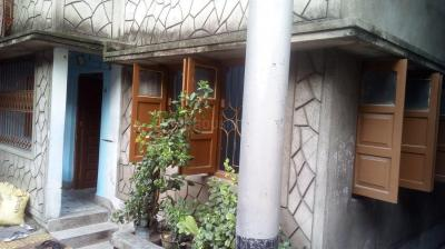 Gallery Cover Image of 900 Sq.ft 2 BHK Independent Floor for rent in Lake Town for 12000
