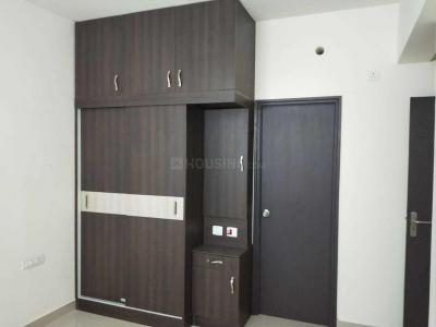 Gallery Cover Image of 999 Sq.ft 2 BHK Apartment for rent in Mambakkam for 18000