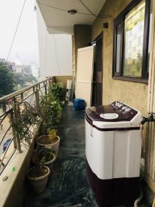 Balcony Image of Upper Berth in Niti Khand