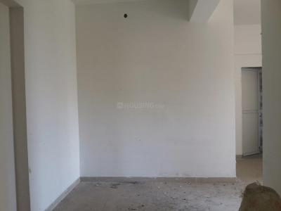 Gallery Cover Image of 650 Sq.ft 1 BHK Apartment for buy in Thane West for 7000000